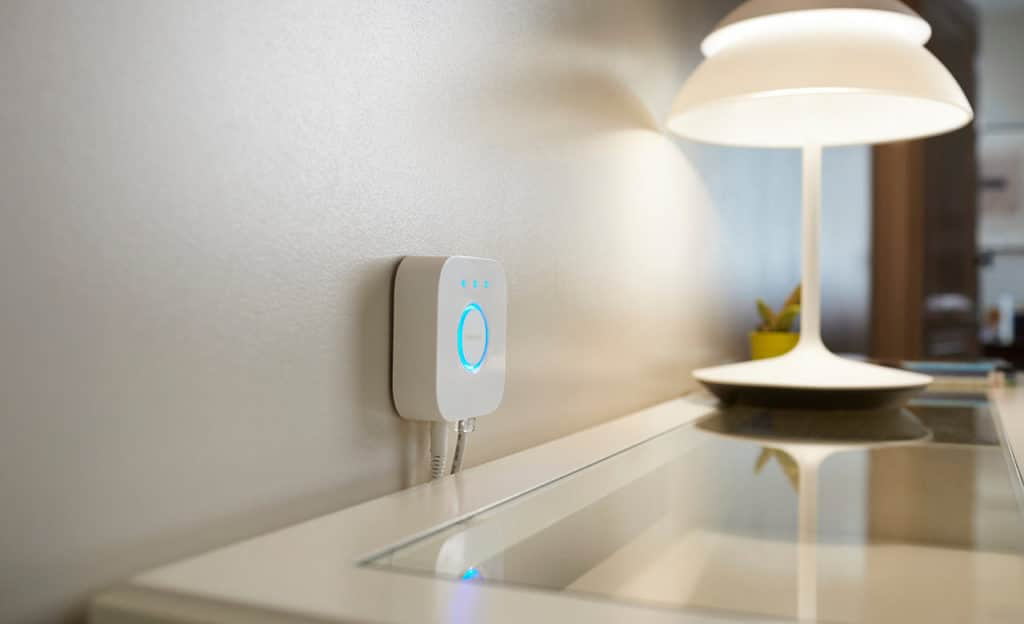 Philips Hue Bridge mit Living Whites Adapter