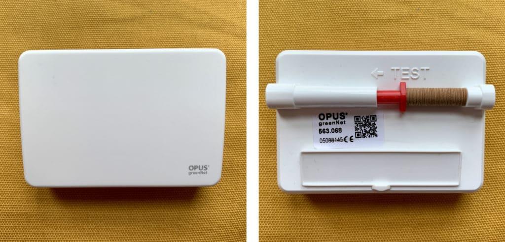 OPUS Wassermelder mit Quellscheiben - Links: Vorderseite - Rechts: Rückseite