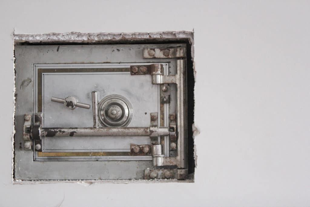 Safe in Apple HomeKit einbinden